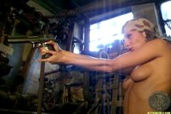 ActionGirls Martina Fox Shooting Bazooka 02