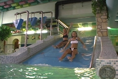 ActionGirls Waterpark Play 01