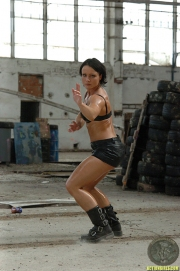 actiongirlslitamclbabe114