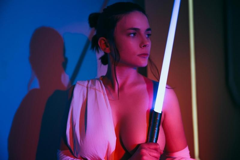 AliceLuna-Big-Tits-Lightsaber-Girl-001