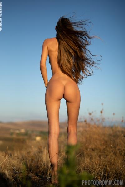 Alina-Big-Tits-in-White-Flowy-Dress-for-Photodromm-009