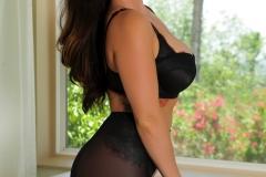 Alison Tyler Big Boobs Black Bra and Pantyhose 02