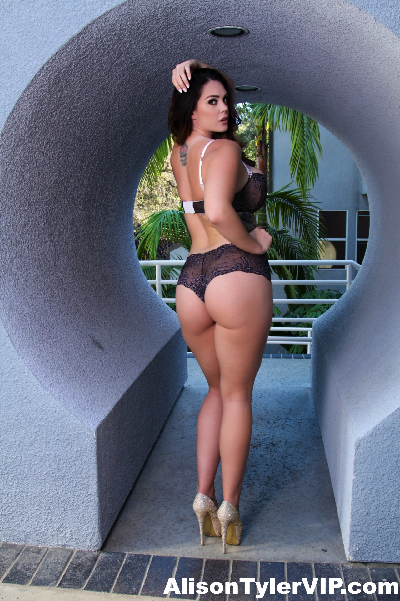 Sunny leone is miss november twistys treat of the year - 2 part 6