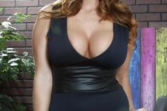 Alison Tyler Sexy Body stuffed in black dress 00