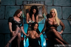Alura Jenson, Victoria Vail, Britney Markham and Sunshyne Monroe are a Big Tit Girl Group 002
