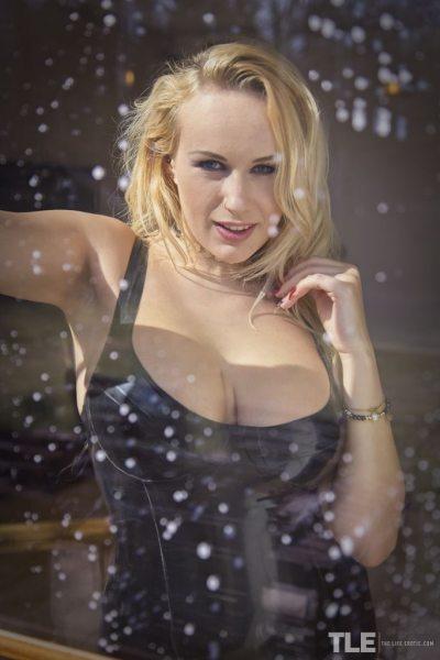 Angel-Wicky-Big-Boobs-in-Shiny-Black-Minidress-001