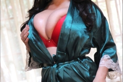 Antonella Kahllo Huge Boobs in green satin 01