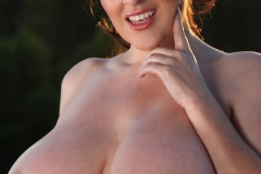 Antonella Kahllo Huge Tits Get Naked and Oily 006