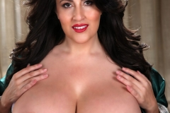 Antonella Kahllo Huge Tits in a White Bra 07