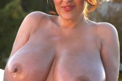Antonella Kahllo Huge Tits in Red Bra Get Naked 011