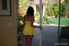 Ariella Ferrera Big Boobs Come out of Yellow Dress 001