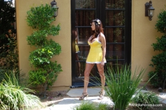 Ariella Ferrera Big Boobs Come out of Yellow Dress 003