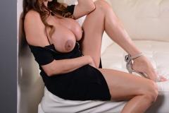 Ariella-Ferrera-Big-Tis-not-in-a-Little-Black-Dress-015