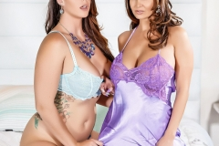 Ava-Addams-and-Alison-Tyler-in-Big-Tit-Lesbian-Lingerie-Fun-002
