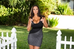 Ava-Addams-Huge-Tits-Hanging-Out-at-the-Garden-Gate-001