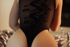 Ava-Delush-Big-Boobs-and-Sexy-Stockings-010