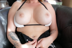 Ava-Nicks-Huge-Tits-in-Bikini-Top-009