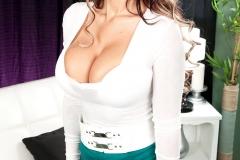 Brook-Ultra-Big-Tits-White-Bra-and-Panties-001