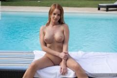 Brooke-Big-Tits-in-Little-Black-Dress-for-Photodromm-008