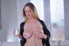 Brooke Wylde Huge Tits are Oiled and Naked 001