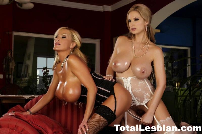 Carol-and-Nikita-Blue-have-Big-Tit-Lesbian-Fun-007