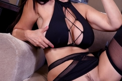 Catalina Cruz Big Boobs Has Fun in Sexy Black Lingerie 007