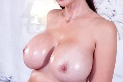 Catalina-Cruz-Big-Tits-Look-Good-in-Red-Bikini-012