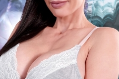 Catalina Cruz Huge Boobs in Soft Grey Bra 004