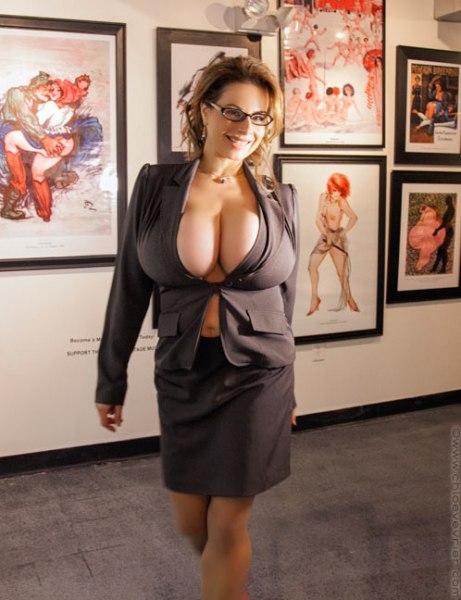 Chloe Vevrier Huge Boob Art Gallery Hostess 001
