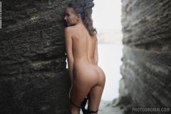Clover-Big-Tits-in-Sexy-Black-Bikini-for-Photodromm-023