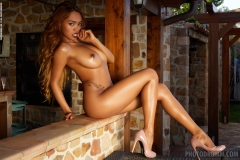Cruzlyn Big Tits Naked and High Heels for Photodromm 010