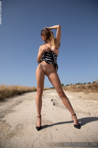 Cyrelle-Big-Tits-in-Tight-Dress-on-the-Road-for-Photodromm-004