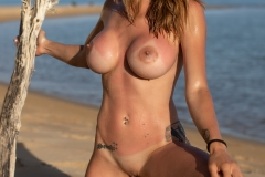 Cyrelle-Big-Tits-Look-Hot-on-the-Beach-for-Photodromm-010