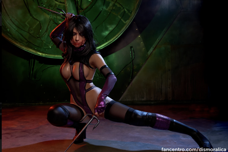 Dismoralica-is-a-big-tit-Cosplay-Girl-002
