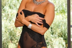 Dylan-Ryder-Big-Tits-in-Black-Lacy-Lingerie-011
