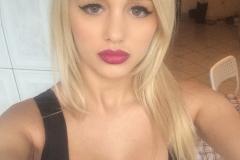 Eliza Miller Big Boob Selfies 002