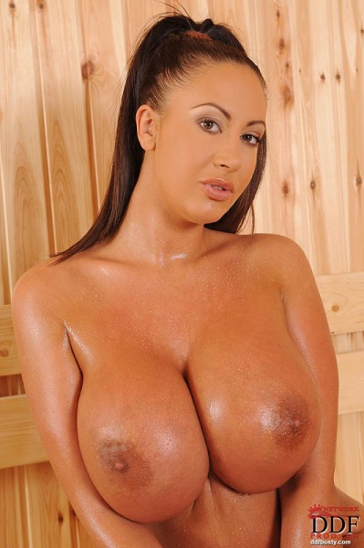 Emma-Butt-Takes-Huge-Tits-for-a-Sauna-010