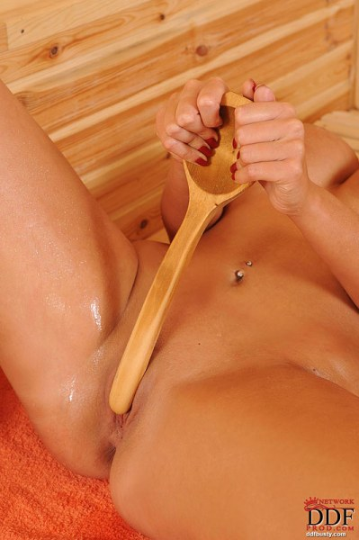 Emma-Butt-Takes-Huge-Tits-for-a-Sauna-011