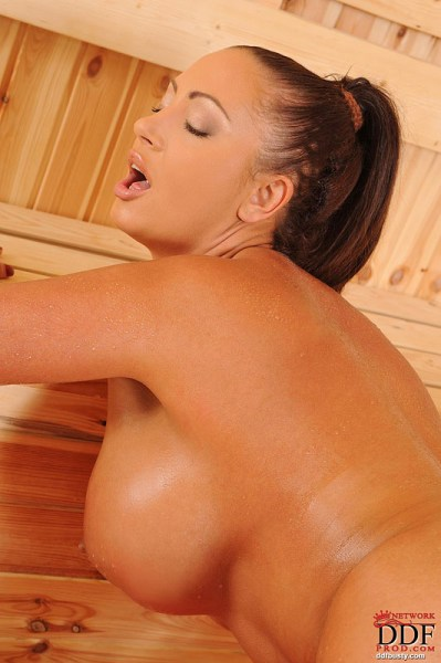 Emma-Butt-Takes-Huge-Tits-for-a-Sauna-016