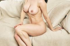 Emma-Glover-Big-Tits-White-Bra-and-Jeans-011