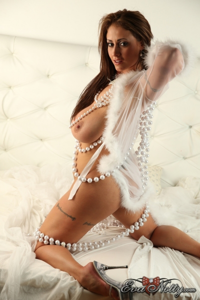 Eva-Notty-String-of-Pearls-Between-Huge-Tits-059