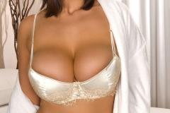 Eva Notty xxx Huge Boobs Revealed from White Dress 003