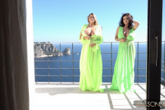 Ewa-Sonnet-and-vivian-Blush-Huge-Tits-Look-great-in-Green-Dresses-005
