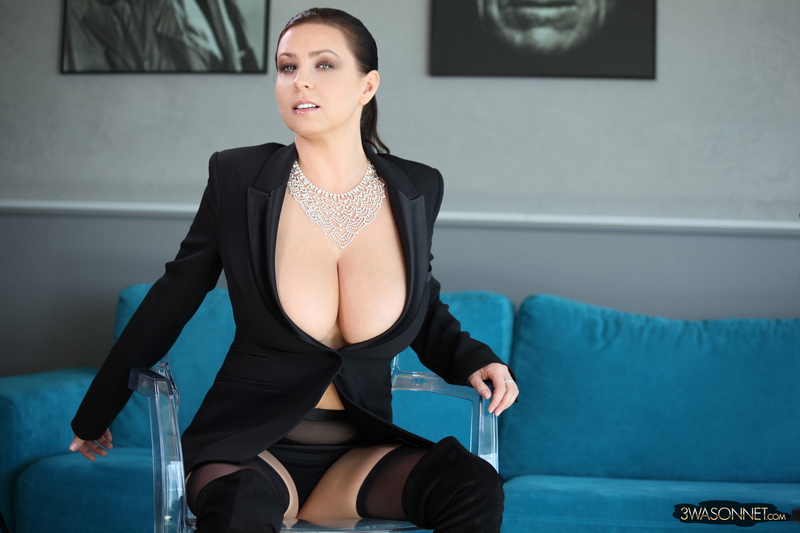 Ewa-Sonnet-Huge-Tits-i-Tight-Business-Jacket-001
