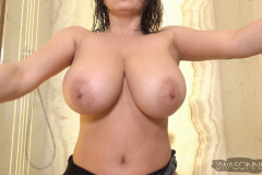 Ewa-Sonnet-Huge-Tits-Get-Taken-for-a-shower-006