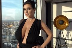 Ewa Sonnet Huge Tits in Very Sexy Black Dress 001
