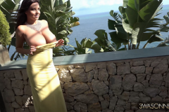 Ewa-Sonnet-Huge-Tits-in-Very-Tight-Yellow-Dress-006