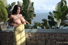 Ewa-Sonnet-Huge-Tits-in-Very-Tight-Yellow-Dress-019
