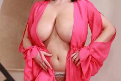 Ewa-Sonnet-Huge-Tits-Look-Fantastic-in-Pink-Dress-011