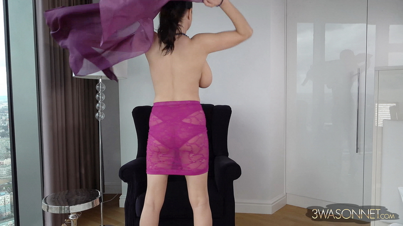 Ewa-Sonnet-Huge-Tits-with-Purple-Veil-003